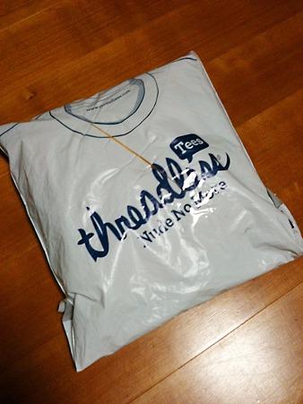 threadless のTシャツがとどいた