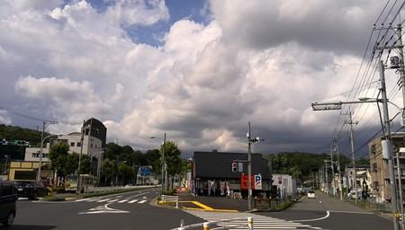 雲が急速に発達中