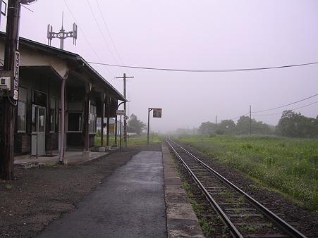 糸魚沢駅2