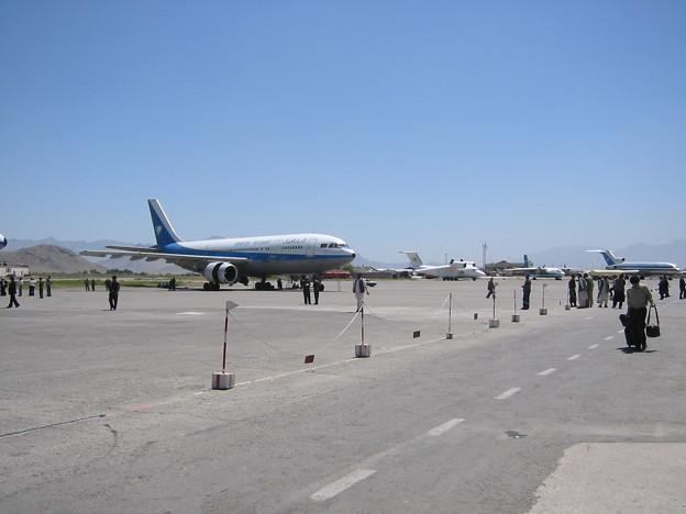 Photos: カブール空港