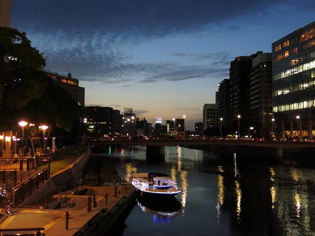 中洲(夜) 1
