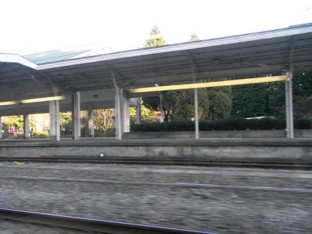 E231系湘南新宿ライングリーン車1Fの車窓20