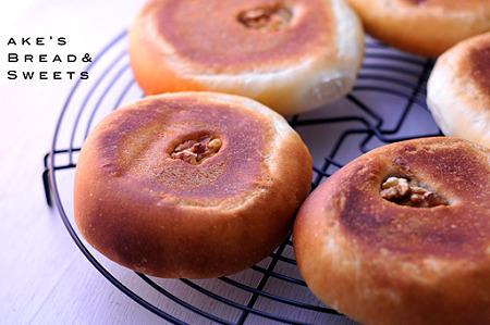 中時間発酵のホシノ餡パン