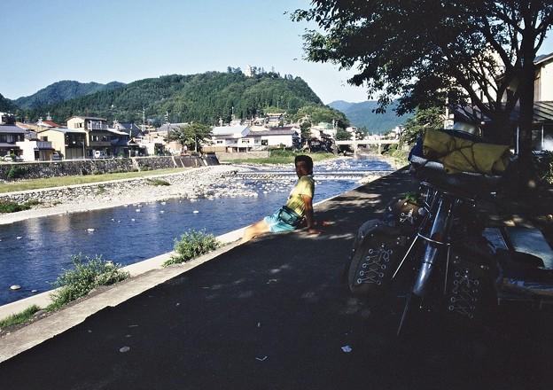 郡上八幡 吉田川の畔