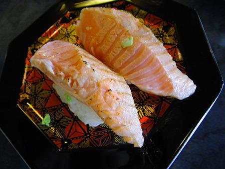 上越の湯 すし市場(北海寿司!?)生キングサーモン