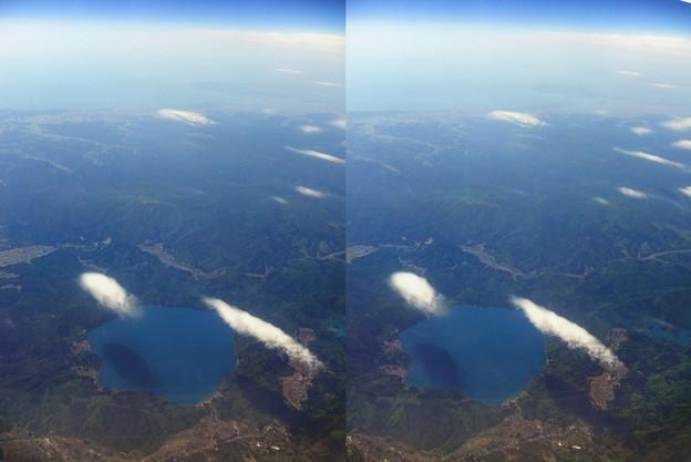 田沢湖上空