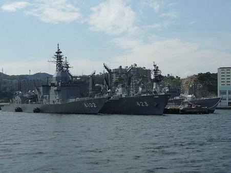 101008-よこすか軍港めぐり (82)