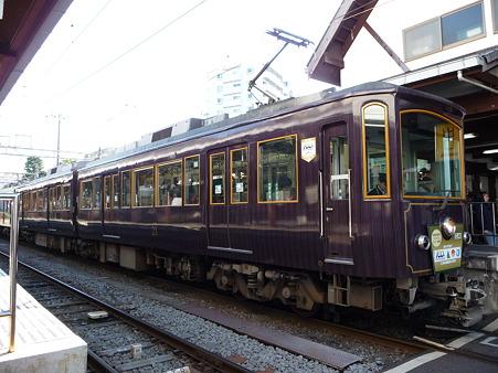 101210-江ノ電 江ノ島駅 (9)