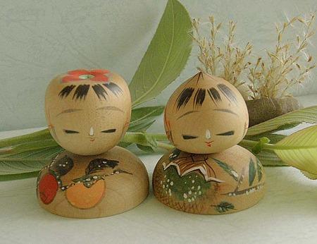 栗と柿のこけし人形