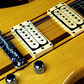 Photos: 古いギター