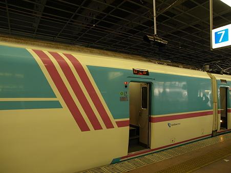 20000形(小田原駅)1
