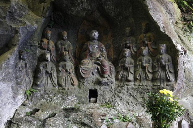 写真: 臼杵石仏・ホキ石仏第一群第四龕・地蔵十王像 - 09