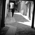 写真: Lonely Man
