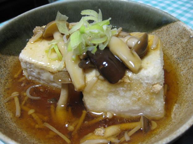 きのこあんをかけた揚げ出し豆腐