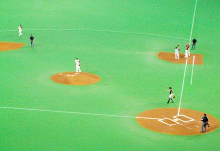 札幌ドームで試合中