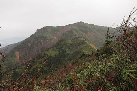 20111030-121652 武尊山を望む