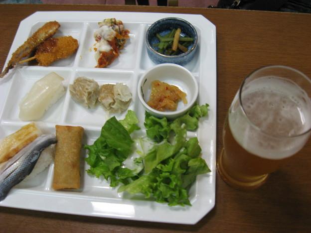 写真: ヲレの晩ご飯なう(のみほーだい)