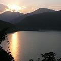 神流湖に落ちる日